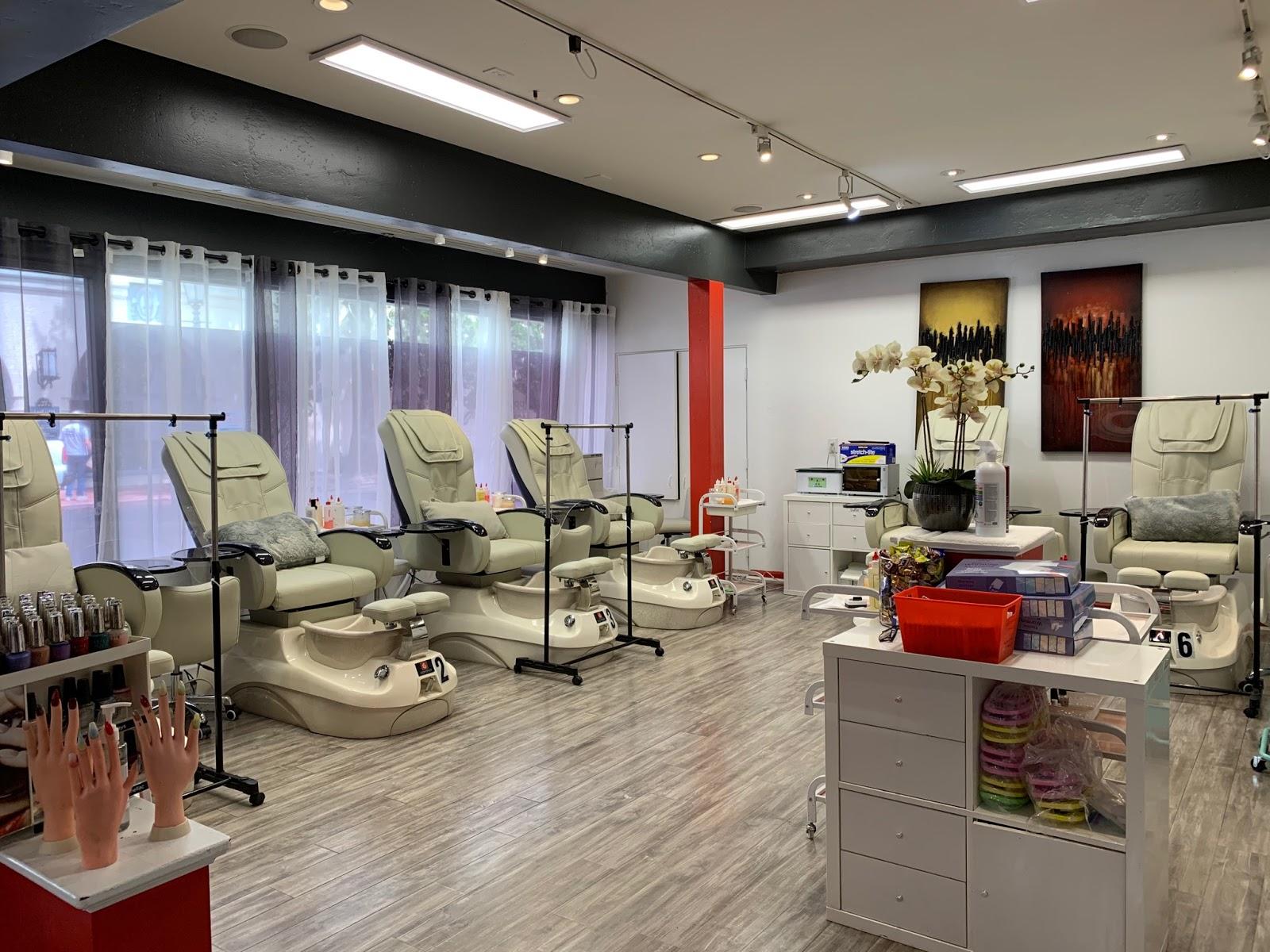 Nails Salon 93101