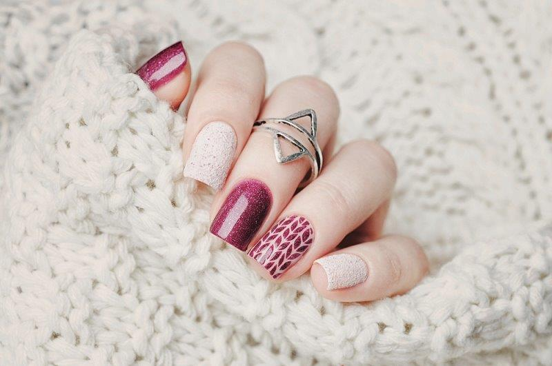 Do you want to try this elegant design? Just call our nail salon 93101 - TLC Nail Lounge